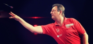 Five times Winmau World Masters Winner, Eric Bristow. Image: harrows-darts.com