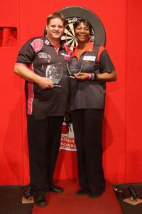 Scott & Deta - supportive members of the darting family. Image: scottydogmitchell.co.uk