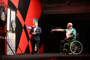 Ricky in action at the inaugural WDDA Winmau World Masters